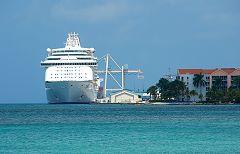 Cruise Ship Terminal - klein